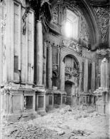 Interior desolado de San Isidro tras la Guerra.