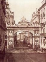 Arco triunfal levantado con motivo de la proclamación de Alfonso XII en 1875.