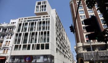 Actual edificio en el nº 48 de Gran Vía