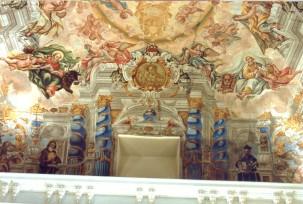 Juan Delgado: Detalle del entablamento fingido del fresco de la Capilla de la Inmaculada, Instituto San Isidro, Madrid.