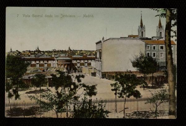 Vista de los Jerónimos, con el edificio de Don José de la Carrera en primer término. ca. 1903.