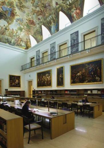 Vista de la sala de lectura de la biblioteca del Museo del Prado en el Casón del Buen Retiro.