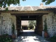 Entrada a la Casa de Oficios de El Santo.