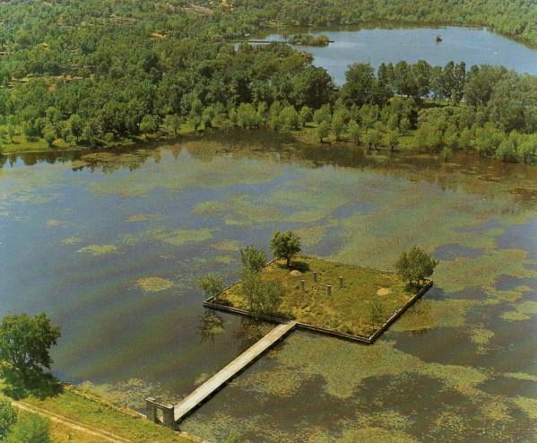 Vista aérea del estanque principal de La Fresneda.