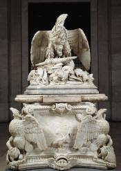 11. Anónimo Romano, Orfeo Boselli y Andrea Calamecca: Apoteosis de Claudio, mármol blanco, 245x125x125 cm. Madrid, Museo Nacional del Prado, nº inv. E-225.