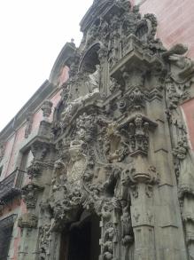 Pedro de Ribera: Portada del Hospicio de San Fernando.