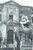 Vista del exterior del Palacio del Viso del Marqués en 1953.