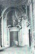 Vista de uno de los frescos en las esquinas del Patio en 1949.