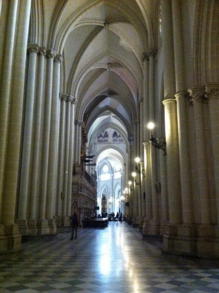 Nave lateral de la Catedral de Toledo.