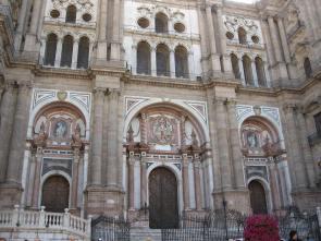 Fachada de la catedral de Málaga.