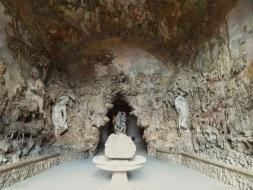 Entrada a la cueva o gruta de los Jardines de Boboli.