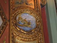 Salón Pompeyano: detalle cerámico en el muro