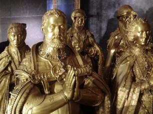 Pompeo y Leon Leoni. Grupo funerario de Carlos V