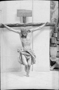 Estado del Cristo de la Buena Muerte de Juan de Mesa tras el incendio de 1936.