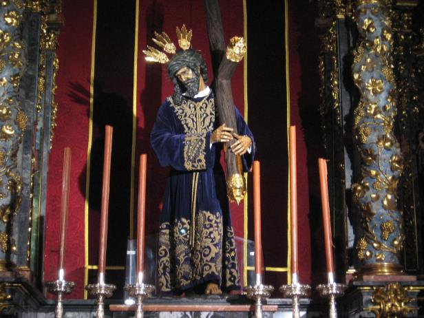 Jesús del Gran Poder. Talla moderna en la Capilla del Cristo de la Buena Muerte de la Colegiata de San Isidro de Madrid