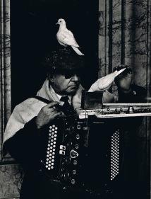 Gerardo Vielba: Ciego y su paz.