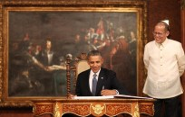 Barac Obama de visita oficial en Filipinas con el presidente Aquino.