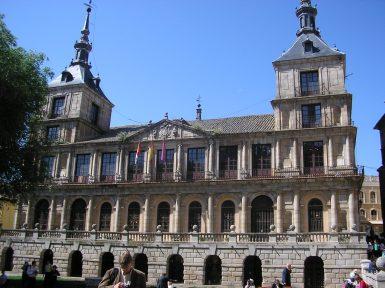 Vista actual del Ayuntamiento de Toledo. Wikimedia Commons.