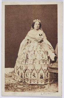 J. Laurent: Retrato de Isabel II. Museo del Romanticismo.