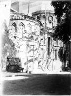 Derribo de las edificiacione anexas a Santiago del Arrabal. Foto: Biblioteca Digital de Castilla la Mancha.
