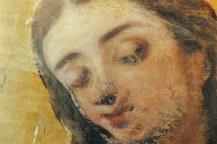 Proceso de limpieza del rostro de la Virgen. Estado intermedio.