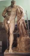 Hércules Farnese, proceso de limpieza. Foto: Catálogo de la exposición Velázquez, esculturas para el Alcázar, p. 289.
