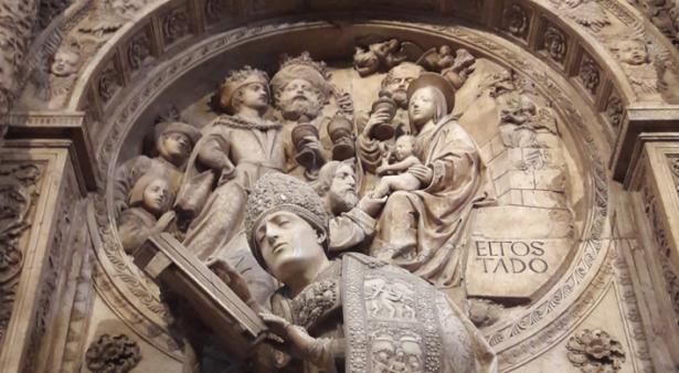 Detalle del sepulcro del Tostado, trasaltar de la catedral de Ávila, Vasco de la Zarza, ca. 1520-24. Foto: Mario Adanero Mazarío.